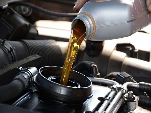 Cambio de aceite + Filtro de aceite + Mano de obra + Revisión PRE-itv