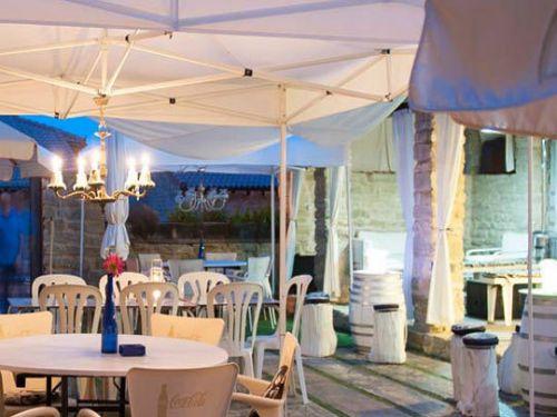 1 o 2 noches + desayuno + cena + sesión de jacuzzi