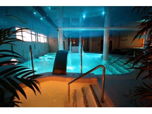 Noche en hotel 4* con circuito spa y opción a masajes, cenas... ¡Lujo y relax!