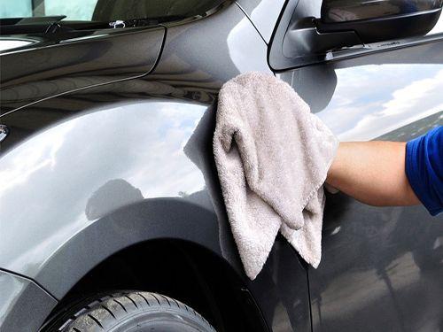 Limpieza exterior, completa o tapicerías ¡Limpio y reluciente!